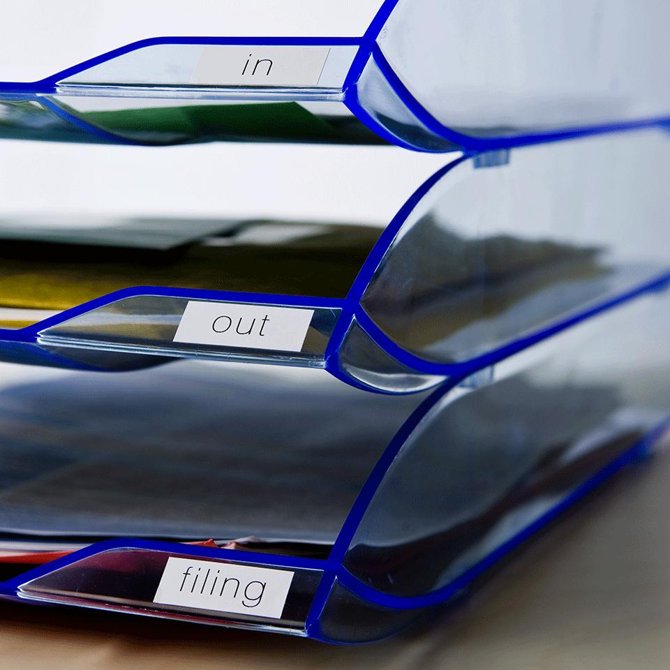 Oryginalna papierowa taśma ciągła DK-22214 - czarny nadruk na białym tle, 12mm szerokości 2