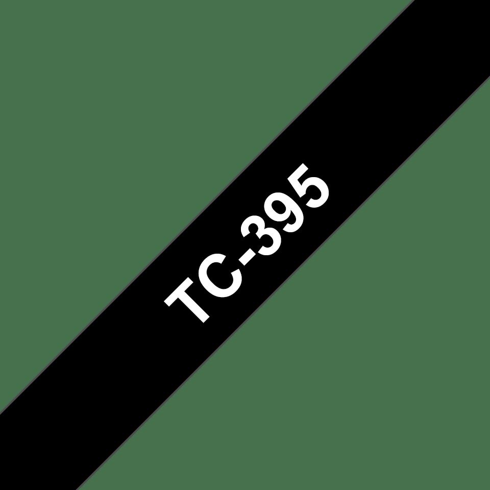 Oryginalna taśma do etykietowania Brother TC-395 – biały nadruk na czarnym tle, szerokość 9mm