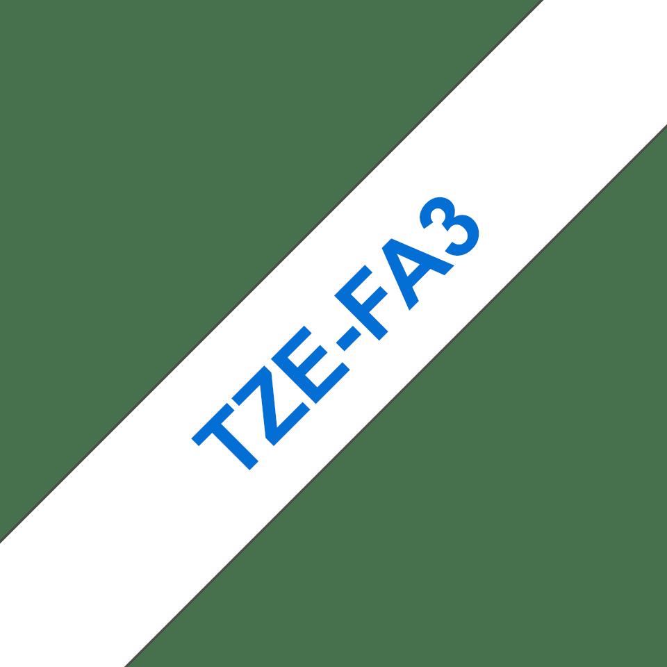 Oryginalna taśma z włókna TZe-FA3 do prasowania na gorąco – niebieski nadruk na białym tle, 12mm szerokości 3