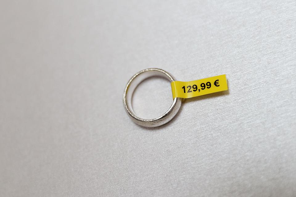 Oryginalna taśma identyfikacyjna Flexi ID TZe-FX611 firmy Brother – czarny nadruk na żółtym tle, 6mm szerokości 4