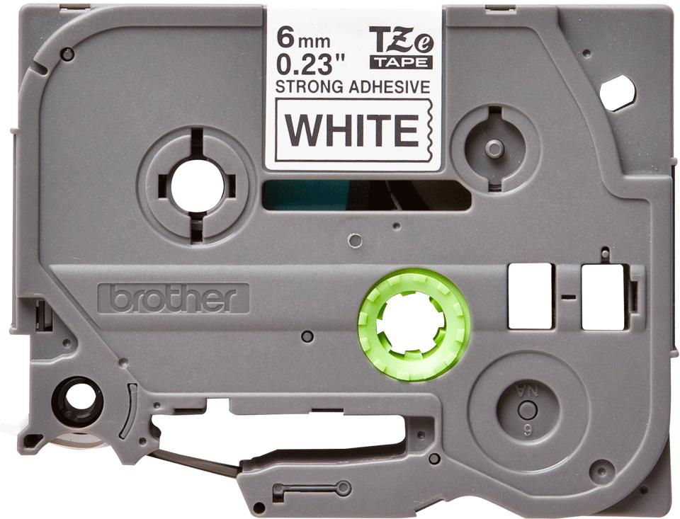 Oryginalna laminowana taśma z mocnym klejem TZe-S211 firmy Brother – czarny nadruk na białym tle, 6mm szerokości