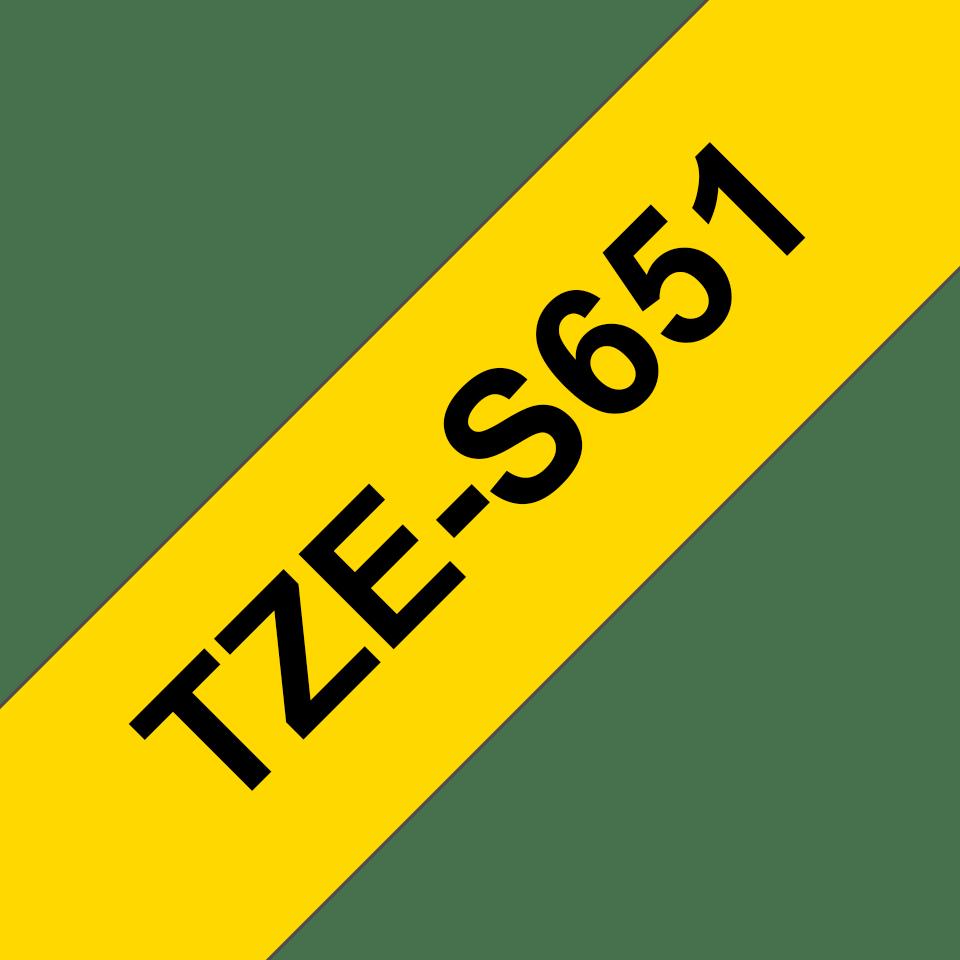 Oryginalna laminowana taśma z mocnym klejem TZe-S651 firmy Brother – czarny nadruk na żółtym tle, 24mm szerokości 3